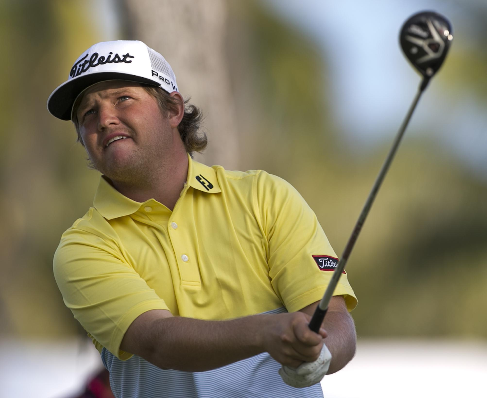 PGA player DQ'd after hitting himself in head with putter