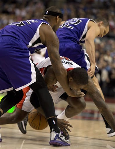 Cousins scores 31, Kings beat Raptors 105-96