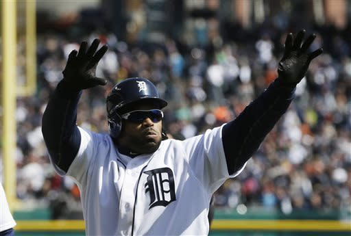 Fielder's 2 HRs help Tigers beat Yankees 8-3