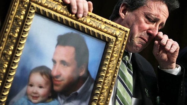 Newtown Dad's Tearful Senate Plea for Assault Weapons Ban (ABC News)