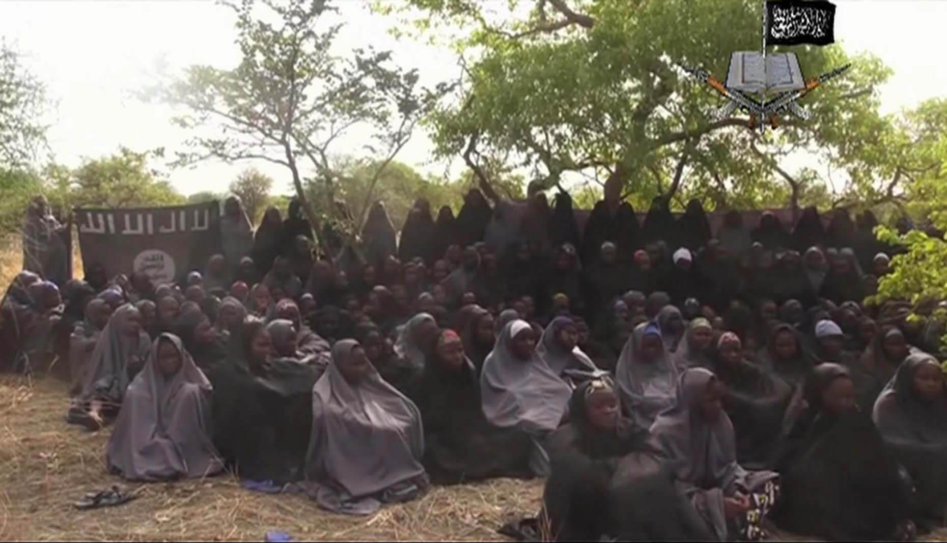 Video shows Boko Haram killing captives