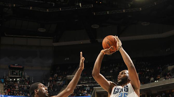 Jefferson leads Bobcats past Pacers 109-87