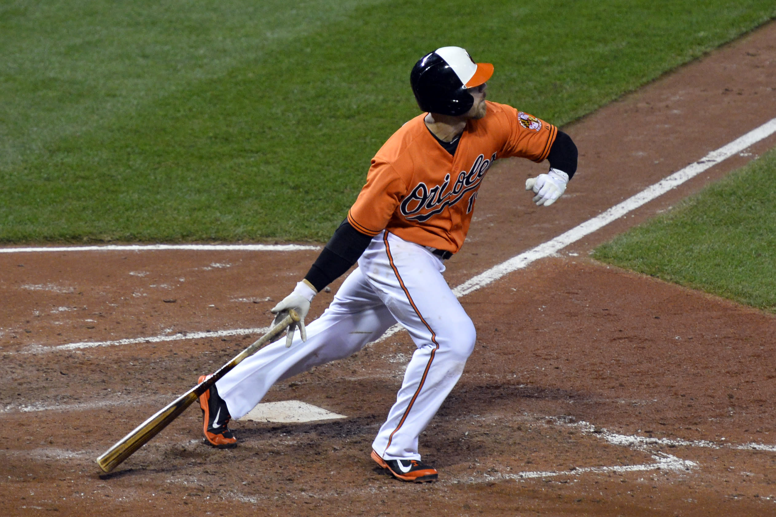 Davis says he wants to stay, but hasn't heard from O's