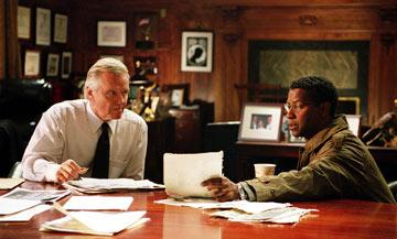 Jon Voight and Denzel Washington in Paramount Pictures' The Manchurian Candidate