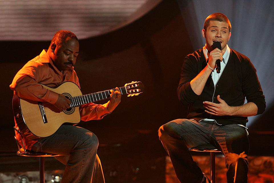 Chris Richardson performs as one of the top 11 contestants on the 6th season of American Idol.