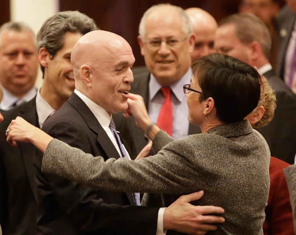 Illinois governor expected to sign gay marriage into law