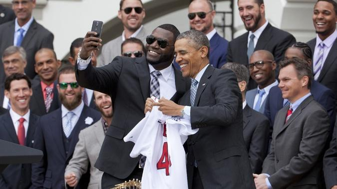 David Ortiz-Barack Obama White House selfie was paid stunt