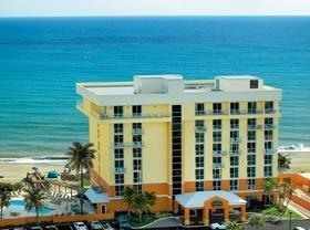 Oceanfront Hotel in Jensen Beach Offers Warm Respite From Winter Weather