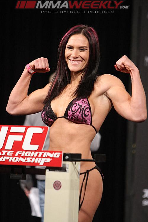 TUF 17 Finale Results: Cat Zingano Mounts Comeback, Earns Shot at Ronda Rousey