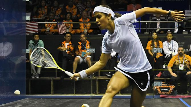 Malaysia's Nicol David, 32, dropped to world number two in the September rankings, ending an incredible spell that dates back to August 2006 -- an unbroken sequence of 109 months