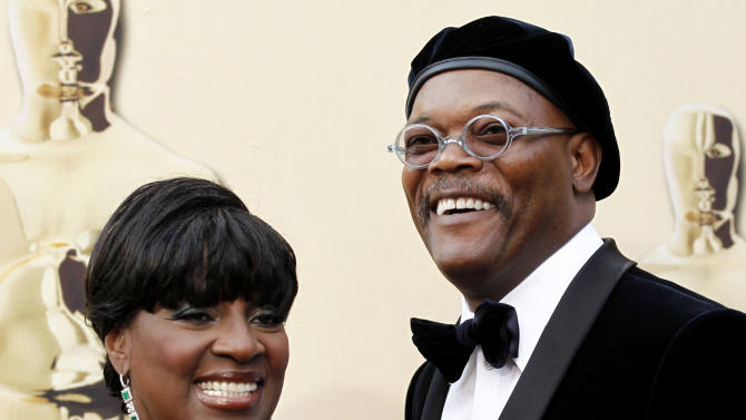 """FILE - This March 7, 2010 file photo shows actor Samuel L. Jackson and his actress wife LaTanya Richardson at the 82nd Academy Awards in the Hollywood section of Los Angeles. Richardson Jackson, who was last on Broadway in the Tony-winning 2009 revival of """"Joe Turner's Come and Gone,"""" was asked on to take over for Diahann Carroll in next month's Broadway revival of """"A Raisin in the Sun."""" (AP Photo/Matt Sayles, File)"""