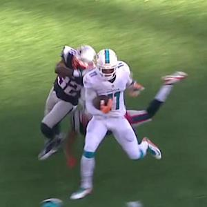 Miami Dolphins quarterback Ryan Tannehill to Mike Wallace for 50 yards