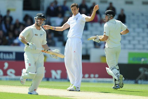 Cricket - Investec Test Series - Second Test - England v New Zealand - Day Three - Headingley