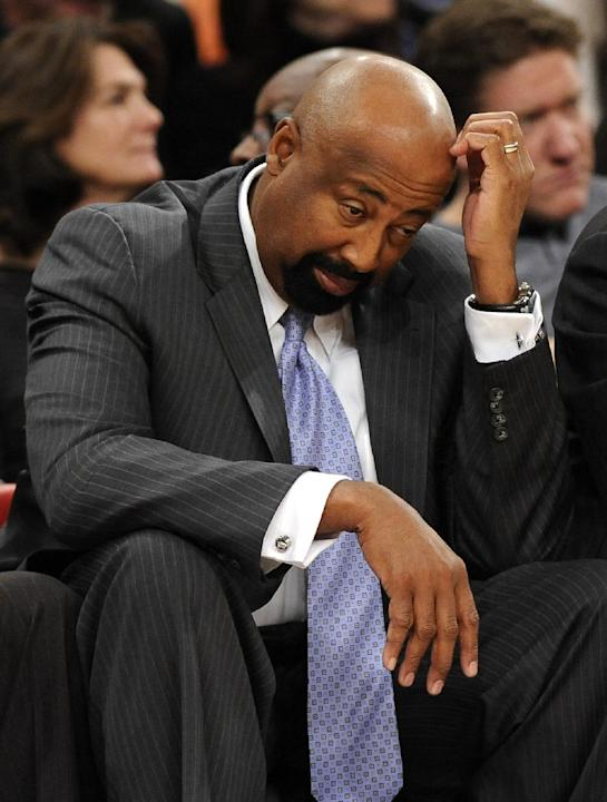 New York Knicks' head coach Mike Woodson reacts to his team as fall behind the Boston Celtics during the second half of an NBA basketball game on Sunday, Dec. 8, 2013, in New York. The Celtics won