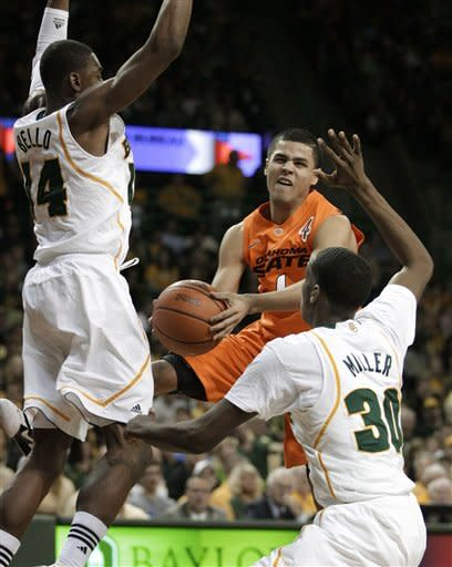 No. 4 Baylor still unbeaten with 106-65 win