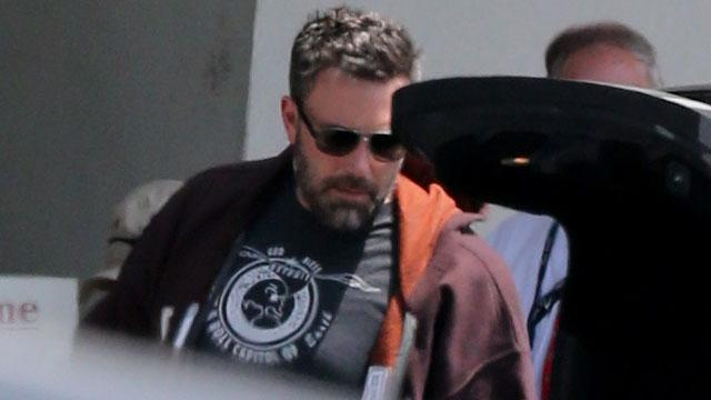 EXCLUSIVE: Ben Affleck Flies to Atlanta, Where Jennifer Garner Is Filming