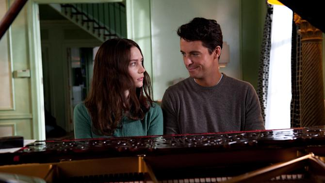 """This film image released by Fox Searchlight Pictures shows Mia Wasikowska, left, and Matthew Goode in a scene from """"Stoker."""" (AP Photo/Fox Searchlight Pictures)"""