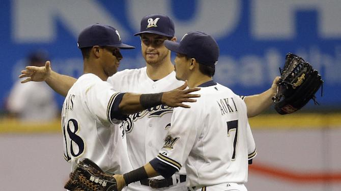 Brewers shut out Reds 2-0