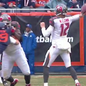 Tampa Bay Buccaneers quarterback Josh McCown throws a 19-yard TD pass to wide receiver Mike Evans