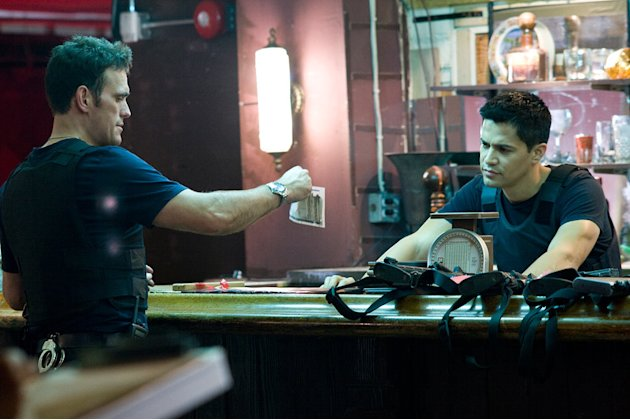 Takers Screen Gems 2010 Production Photos Matt Dillon Jay Hernandez