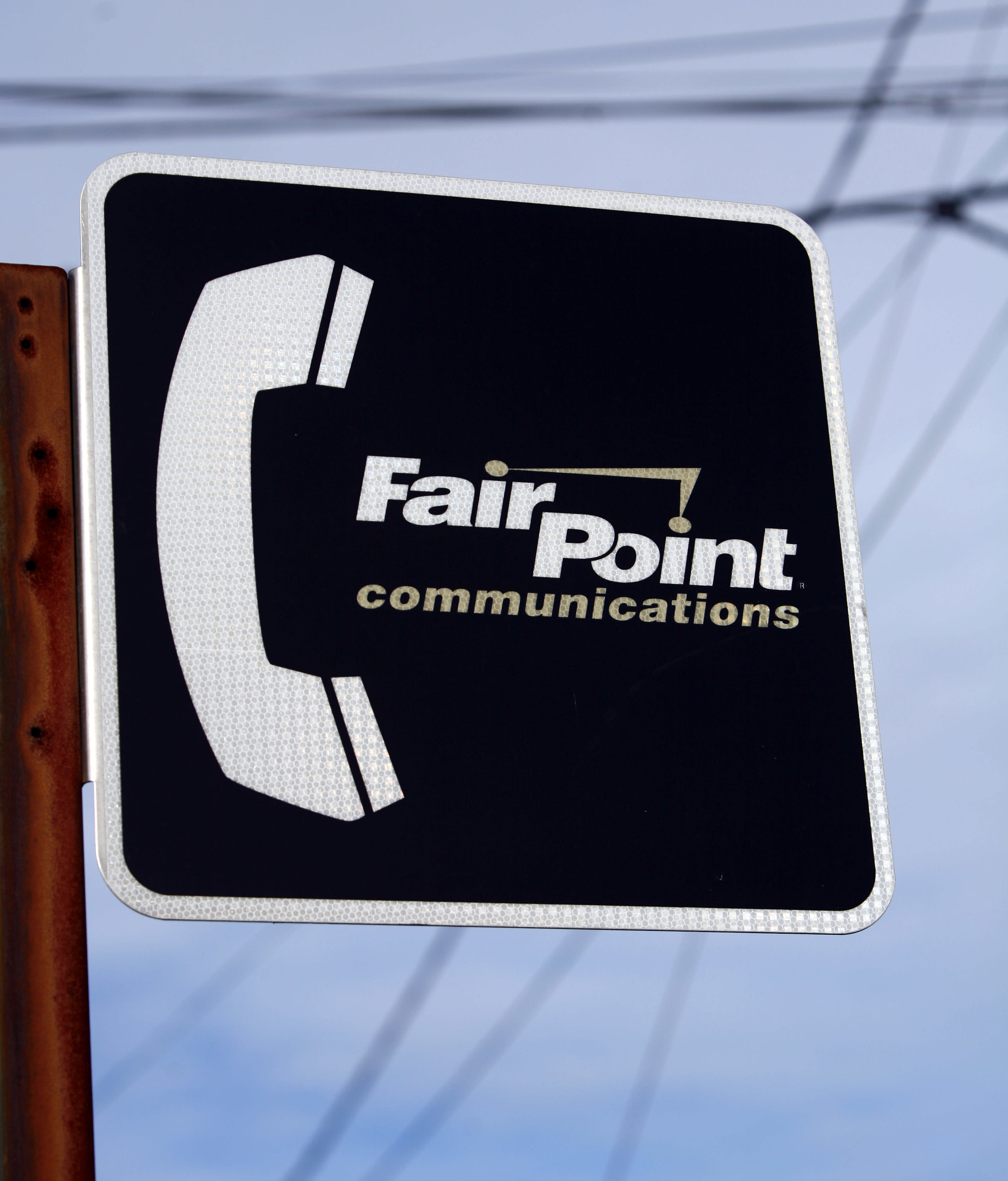 Illinois company to seek regulatory OK in FairPoint merger