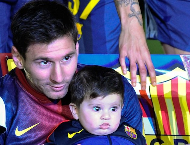 Lionel Messi   s son didn   t really enjoy taking part in Barcelona    Lionel Messi Wife And Son