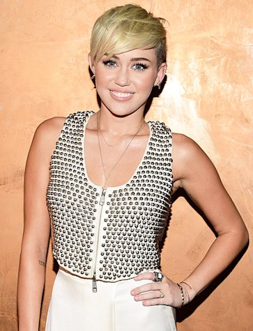 Miley Cyrus Married on Miley Cyrus  I Am Already  Married In My Heart And My Mind    Yahoo
