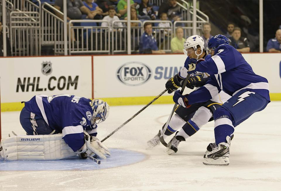 Lightning top Blues in shootout 4-3