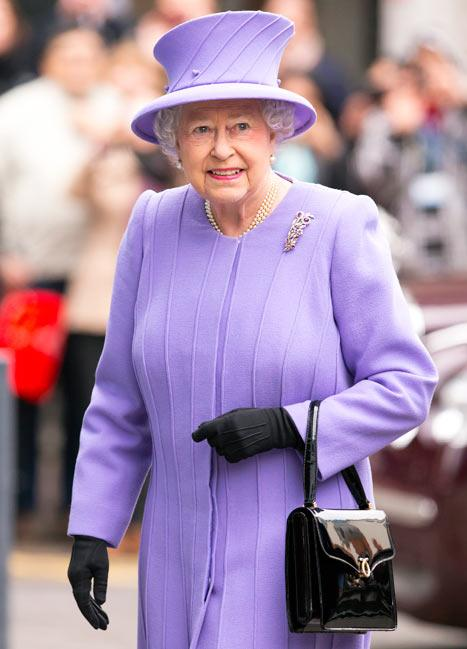 Queen Elizabeth Hospitalized With Stomach Bug