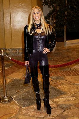 Shauna Sand Lamas at the Westwood premiere of Shallow Hal