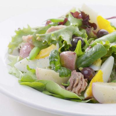 Use Leftover Green Beans in: Nouveau Nicoise Salad