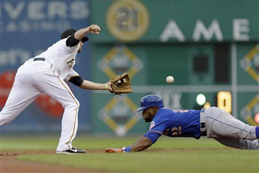 Pirates edge Mets 3-2 in 11 innings