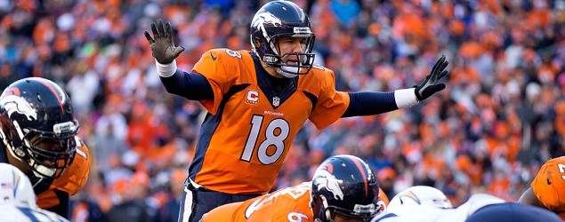 How many times did Manning yell 'Omaha'?