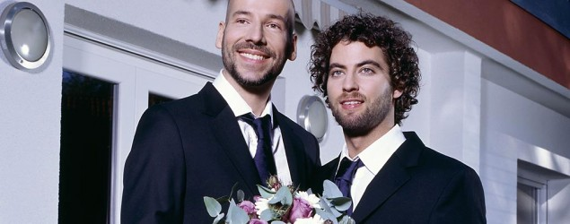 How gay marriage would affect the economy (Corbis)