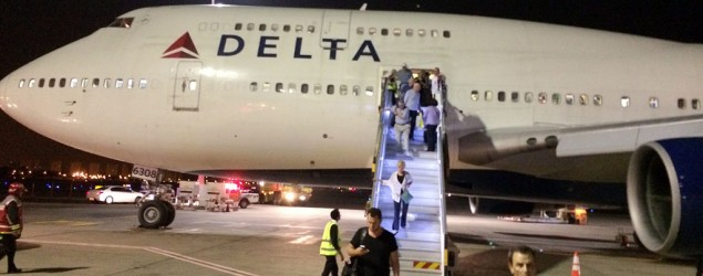 Delta cancels all flights to Israel indefinitely. (Michael Simon/AP)