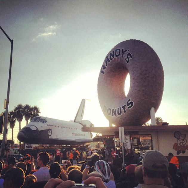 The Endeavor at Randy's Donuts... (Photo courtesy of bcrabtree, via Instagram)