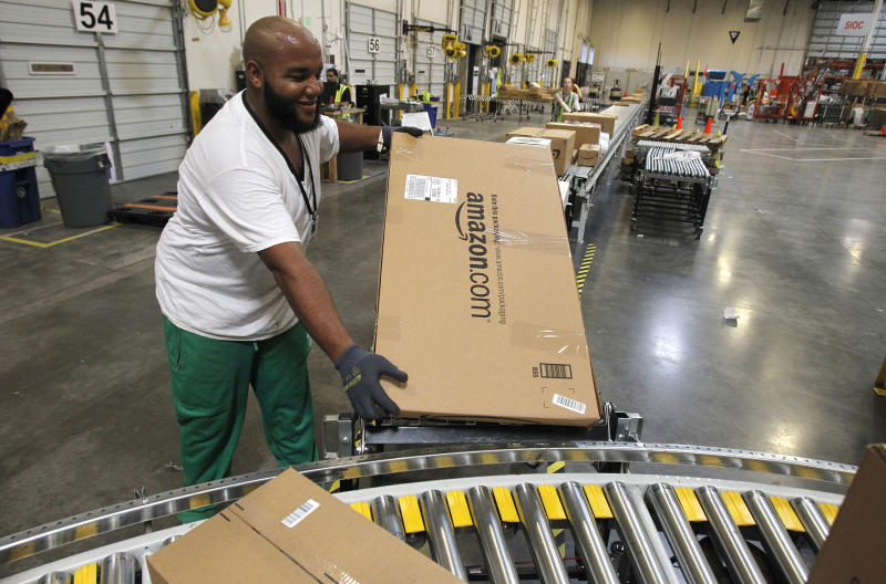 Amazon, US Postal Service will deliver on Sundays