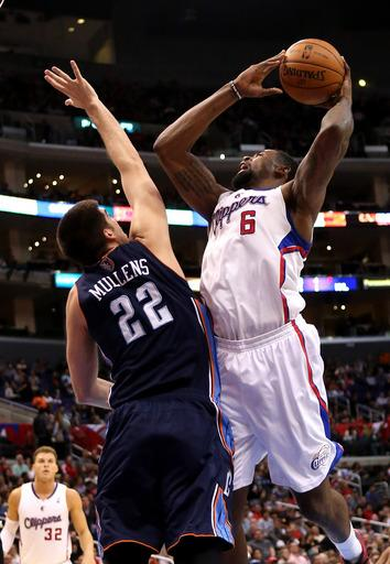 Clippers blow out Bobcats 106-84