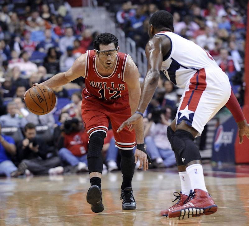 Boozer, Hinrich out with injuries for Bulls