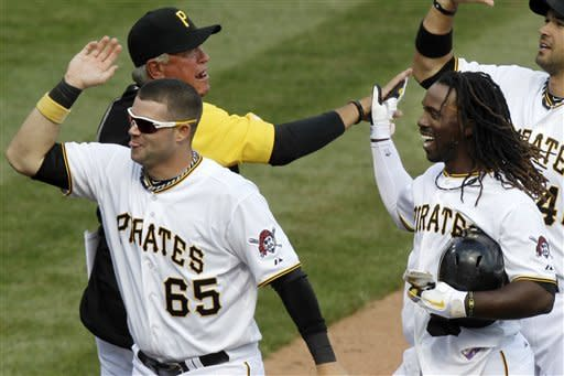 McCutchen, Pirates rally past Phillies again, 5-4
