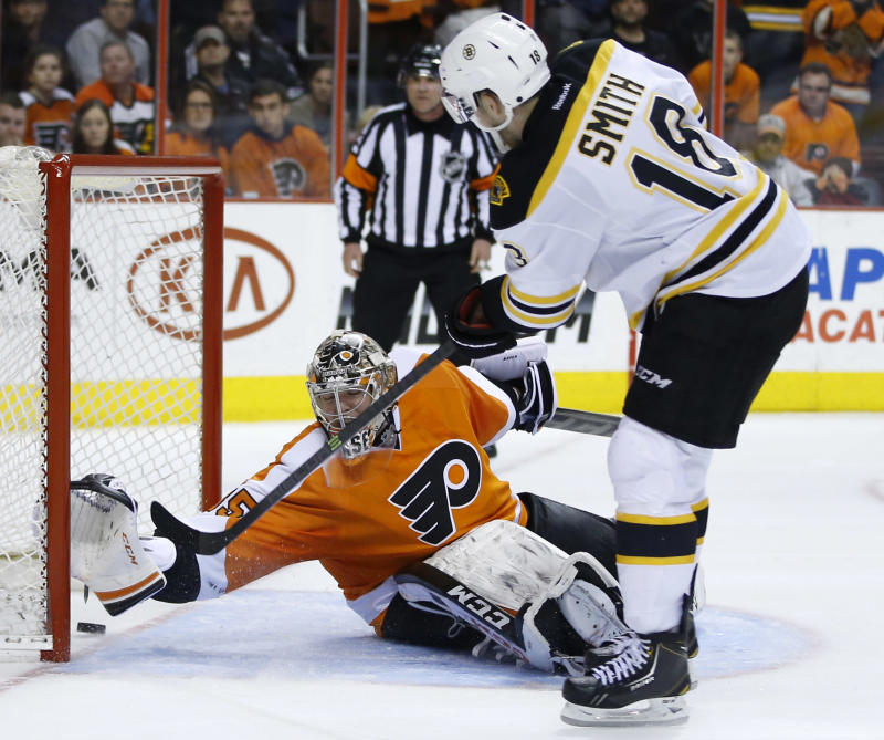 Bruins beat Flyers 4-3 for 9th straight road win