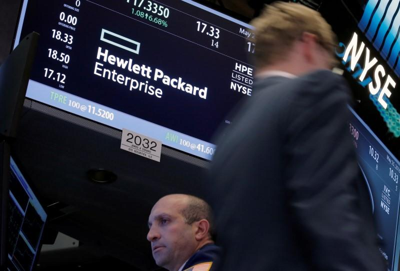 What are Analysts opinions on: Hewlett Packard Enterprise Company (NYSE:HPE)