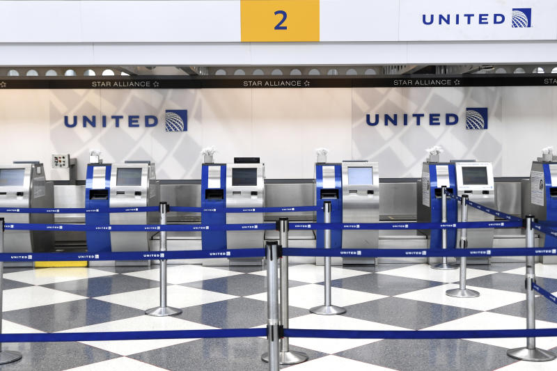 Blumenthal proposes airline passenger Bill of Rights