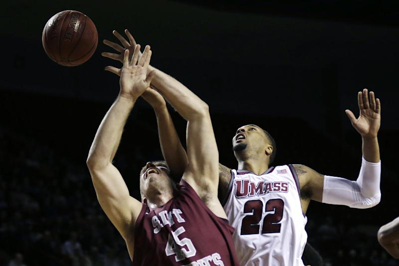 Williams carries UMass past Saint Joseph's 66-62