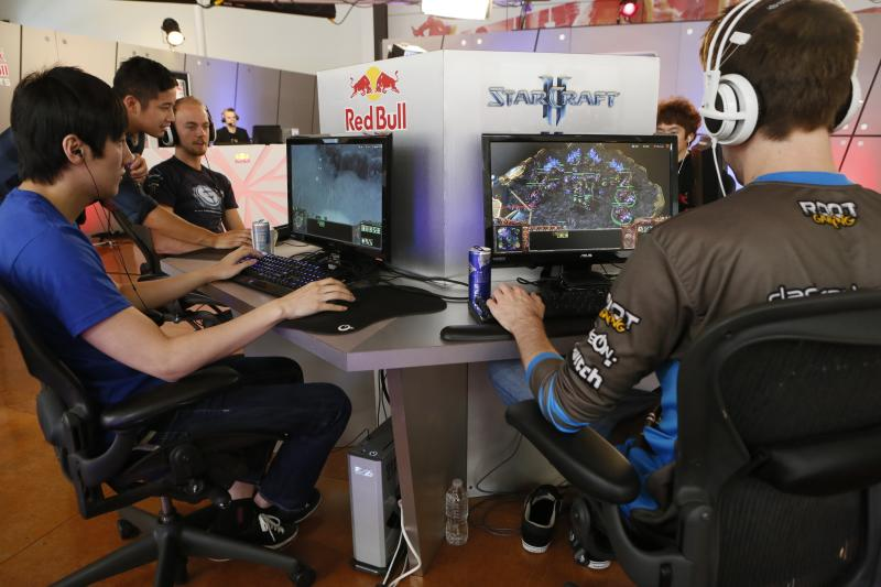 For professional gamers, a dress rehearsal