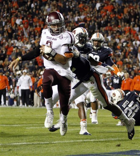 Manziel, No. 22 Texas A&M overpower Auburn 63-21