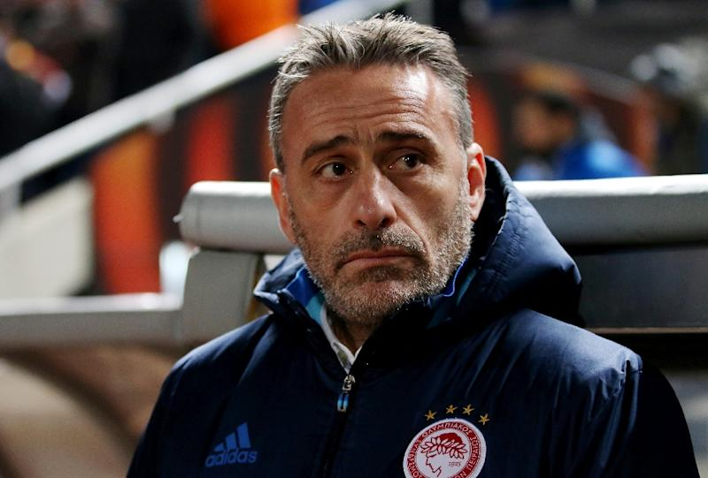 Greek Super League leaders Olympiacos sack manager Paulo Bento