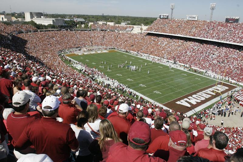 Texas, OU extend Cotton Bowl game to 2025