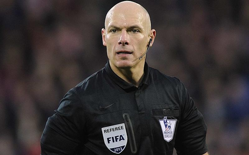 PRO hires Howard Webb to oversee video replays