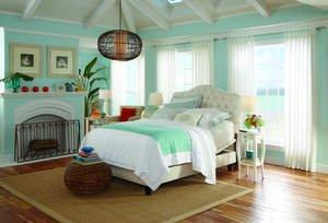 Transforming Your Bedroom Into a Stylish, Functional Retreat